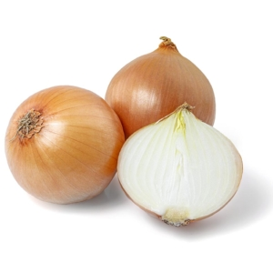 CEBOLLA natural fresh yellow onions isolated on white background 1000p