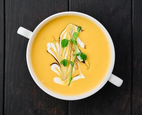 crema de calabaza y zanahorias con curry